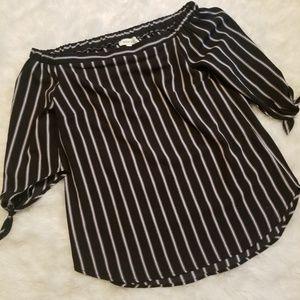 💘{monteau} Striped Off the Shoulder Blouse